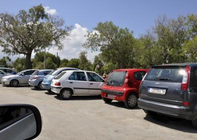 Parkering i vejsiden Agii Apostoli 2015