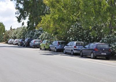 Agii Apostoli Parkering i vejsiden 2015